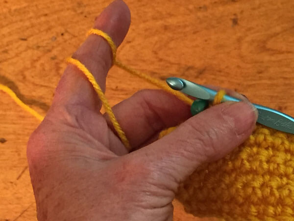 Beaded Single Crochet Tutorial - Push Up Bead