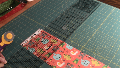 Learn to Quilt - Remove Selvage