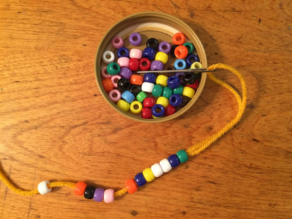 Doll Crocheted Beaded Necklace Tutorial - Thread Beads