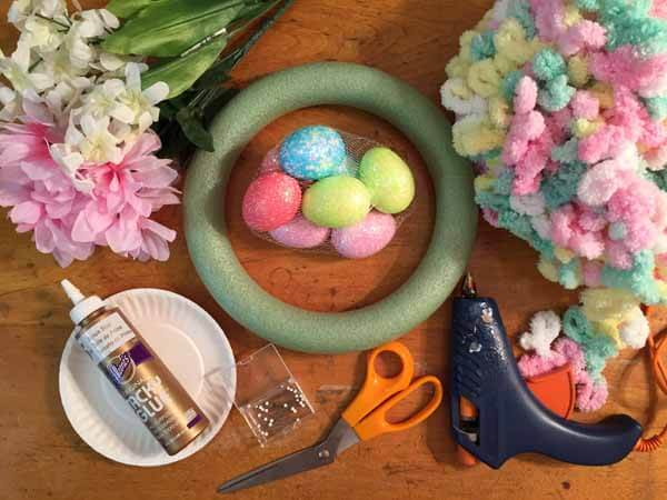 Easter Loop Yarn Wreath Tutorial - Supplies