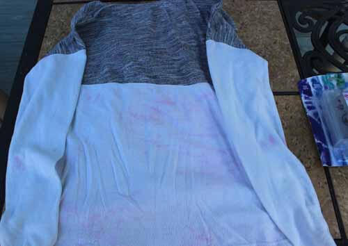 How to fix a dyed shirt