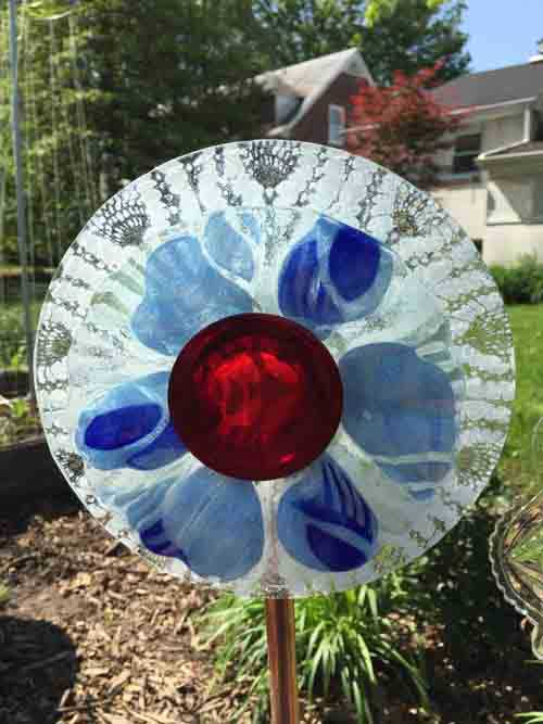 Garden Glass Flowers - Gluing Dishes
