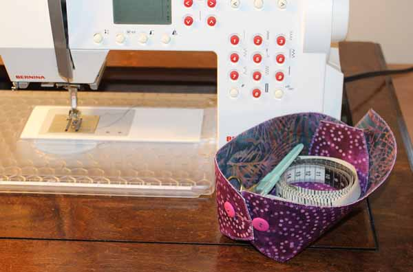 Lazy Girl Designs Button Boats - By Sewing Machine