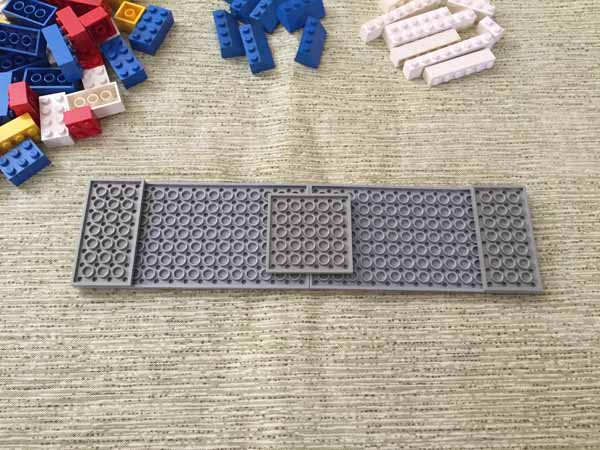 Lego Playing Card Holder - Secure Plates