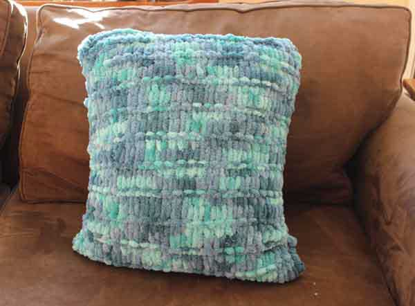 Loop Yarn Garter Ridge Pillow