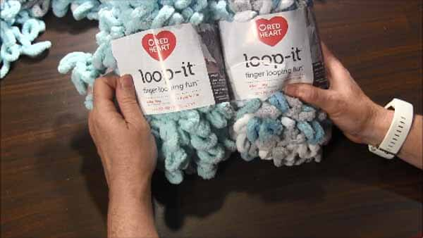 Loop Yarn Loopy Bath Rug Tutorial - Yarn