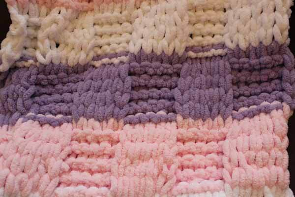 Loop Yarn Textured Blanket Tutorial Close Up