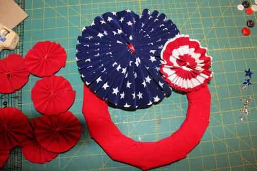 Patriotic Wreath - Wrapped Wreath