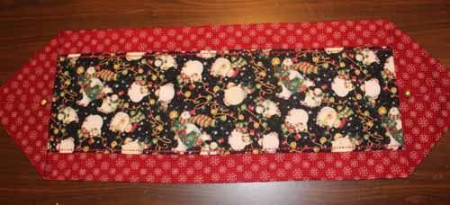 Quick Table Runner - Christmas Table Runner