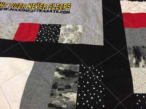 T-Shirt Quilt - Quilting the top