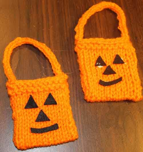 American Girl Doll Knitted Trick or Treat Bag - assemble bag