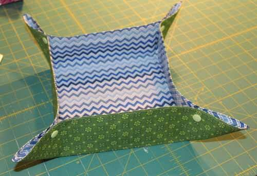 Fabric Tray Tutorial -  Square Fabric Basket