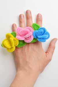 Ring - Pipe Cleaner Flower Ring