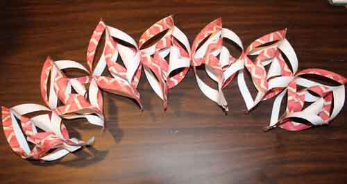 3D Paper Snowflake Tutorial - Glue in a row