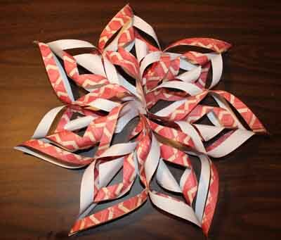 3D Paper Snowflake Tutorial - Make a Circle