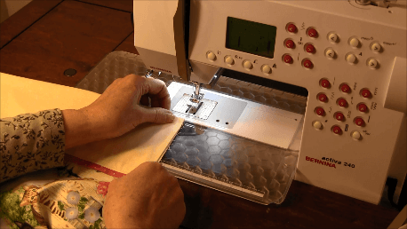 How to make a Pillowcase - Starting French Seam